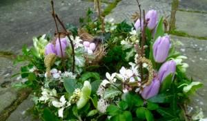 natural green floral arrangement